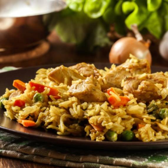 catering-monebre-arroz-pollo