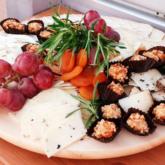 catering-monebre-cheeses