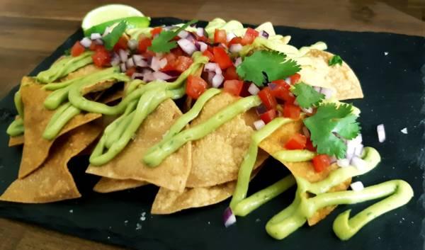 monebre-catering-guacamole-picodegallo